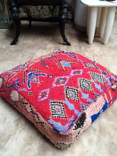 Vintage Moroccan kilim pouf / ottoman / foot stool by BazaarLiving, Moroccan Theme, Textiles, Pouf Ottoman, Floor Cushions, Home Decor Furniture, Boho Decor, Vintage Rugs, Home Goods, Moroccan Pouffe