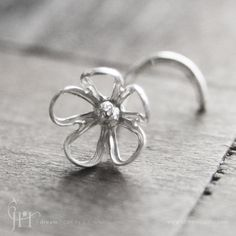 If I was to ever have a nose ring, this would be it.
