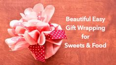 Beautiful & Easy Gift Wrapping for Sweets and Food Cute Gift Wrapping Ideas, Japanese Gift Wrapping, Gift Wrapping Bows, Japanese Gifts, Gift Ideas, Easy Gifts, Cute Gifts, Crafts To Make, Diy Crafts