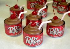 Here is the famous Dr Pepper Cupcake Recipe Cupcakes couldn't taste any better! Kids love these Dr Pepper Cupcakes and they are very quick and easy to make. Watch the recipe video for how to make Dr Pepper Cupcakes Fast and Simple! Köstliche Desserts, Delicious Desserts, Yummy Food, Deco Cupcake, Cupcake Cakes, Dr Pepper Cupcakes, Dr Pepper Cake, Cupcake Recipes, Dessert Recipes