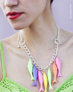 Aminta´s Fashion DIY #Necklace http://www.youtube.com/watch?v=Rh2YleHm6HI=plcp