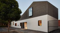 Perimeter House by Make Architecture