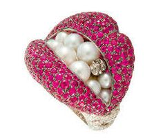 Give me a kiss!!!pink sapphire ,pearls diamond save by Antonella Rossi