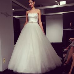 Bridal Runway Fashion - Wedding Gowns | Wedding Planning, Ideas & Etiquette | Bridal Guide Magazine