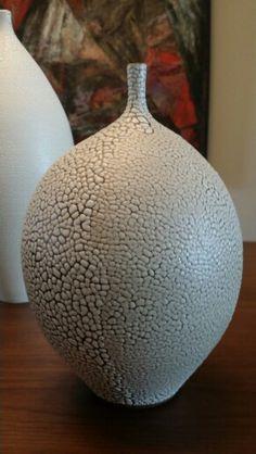 Handcrafted Modern ceramic vase by Keiko Coghlin, Matilda Morgan Ceramics   https://www.etsy.com/your/shops/MatildaMorganCeramic/navigation  #modernpottery #midcenturymoderndecor #midcenturymodernpottery #midcenturymodernceramic #midcenturymoderndecor #midcenturymodern #midcenturymodernfurnishings #midcenturymoderndesign #moderndecor #modern #pottery #ceramics #modernart #modernceramics #decor
