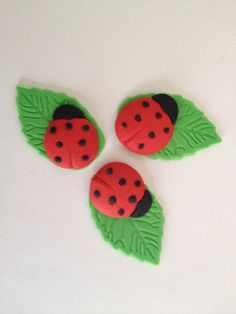 Fondant Ladybug on leaf fondant cupcake toppers by LuliSweetShop, $9.00