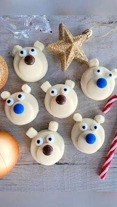 Oreo Dessert Easy, Oreo Dessert Recipes, Dessert Ideas, Cookie Recipes, Christmas Desserts, Christmas Treats, Polar Bear Party, Oreo Cheesecake Bars, Chocolate Covered Oreos
