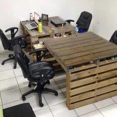 wooden pallets to desks / tables