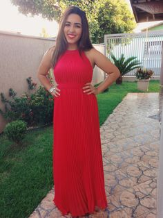 look vestido vermelho franzido