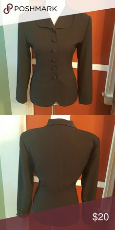 Black blazer Vintage black blazer, great with pants or a skirt, can be worn alone with a necklace or a blouse underneath. Size 10, but it doesn't stretch, pretty true to size, so if you are between an 8/10 it will fit perfectly. Jackets & Coats Blazers