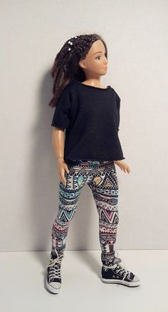 Lammily Doll Outfit / Lammily Clothes / Black T by LammilyOutfits
