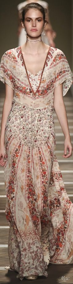 Spring 2016 Ready-to-Wear Etro ♔ g r a n n y 's g o o d w i l l {granny inspired chic is quaint}