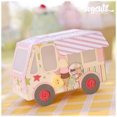 Cute Ice Cream Truck Gift Box from the Ice Cream Birthday SVG Kit #svgcuts #papercrafts #diy