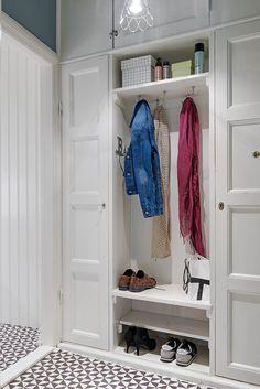 Прихожая фото дизайна интерьеров и декора   Фотографии комнаты: Прихожая, идеи для ремонта и планировки, Прихожая дизайн-проекты на InMyRoom.ru