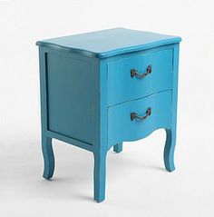 blue end tables i like the style but not the color...