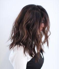 """Back in A C T I O N! #haircut #la #movement #livedinhair #anhcotran #texture #parallelundercut #midlengthhair #ramireztransalon"""