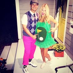 DIY couple costume ideas: A golfer and a hole in one! What a cute pregnant Halloween costume idea!