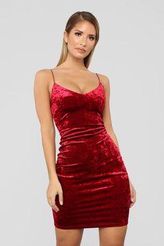 Kiki Velvet Dress - Burgundy Source by dresses tight Velvet Homecoming Dress, Red Hoco Dress, Homecoming Dresses Tight, Hoco Dresses, The Dress, Cute Dresses, Dress Outfits, Burgundy Dress, Short Tight Dresses