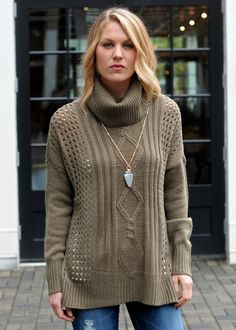 THML Andee Grommet Sweater-Taupe | Taupe, Weather and Size model