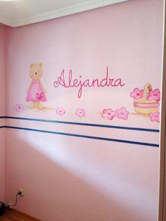 mural pintado con nombre del bebe