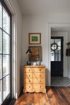 English Cottage | lark & linen English Cottage Interiors, English Cottage Style, English Interior, English Country Decor, English Bedroom, English Cottage Bedrooms, Entryway Furniture, Antique Furniture, French Furniture