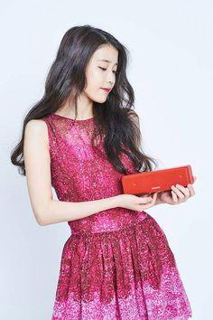 IU SonyAudio Celebrity List, Iu Fashion, Extended Play, Pop Singers, Korean Celebrities, Korean Actresses, Her Music, Korean Singer, Cute Hairstyles