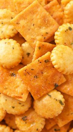 Buffalo Ranch Crackers {Football Friday}
