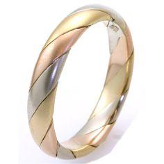14K Tri-Color Gold Wedding Band | www.weddingbands.com | @Wedding Bands