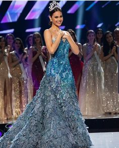 You would be the forever queen in our mind❤️ Miss Universe Gowns, Drag Queen Outfits, Filipina Beauty, Grey Fashion, Steampunk Fashion, Gothic Fashion, Fashion Fashion, Winter Fashion, Evening Dresses