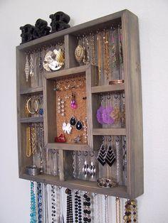Jewelry Box Jewelry Organizer by barbwireandbarnwood on Etsy Jewelry Hooks, Hanging Jewelry Organizer, Jewelry Boards, Jewellery Storage, Jewellery Display, Jewelry Organization, Jewelry Box, Diy Jewellery, Jewlery