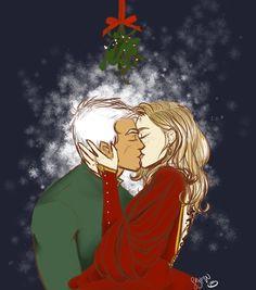 Rowaelin under the mistletoe by vervaineyes on DeviantArt Rowan and aelin on christmas