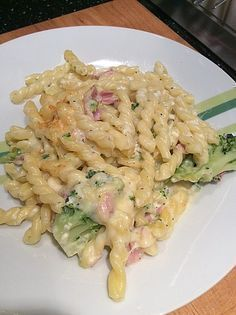 Pasta casserole with broccoli and ham a very nice recipe from the category casserole. Ratings: Average: Ø The post Pasta casserole with broccoli and ham appeared first on Tasty Recipes. One Dish Meals Tasty Recipes Noodle Recipes, Pasta Recipes, Soup Recipes, Vegetarian Recipes, Dinner Recipes, Cooking Recipes, Healthy Recipes, Shrimp Recipes, Pasta Casserole