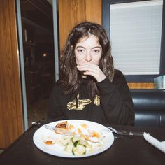 selected pictures of my favorite female artists & female fronted bands Lorde, Beautiful Mind, Beautiful People, Red Taylor, Celebs, Celebrities, Music Artists, Pure Products, Pretty