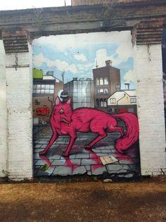 Posh fox spotted in Shoreditch #graffitti