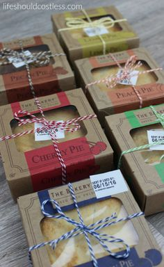 A gift idea that's as easy as pie, and costs less than $1 each. {lifeshouldcostless.com}