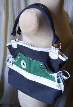 100 Recyclé  Sac fait avec ancien soulier CONVERSE vert par Emillye, $75.00