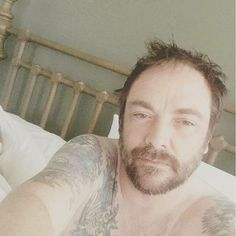 Even when sick Mark Sheppard is Sexy!!!