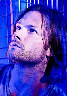 Nova foto de Jared da sessão fotográfica feita para a 9ª temporada de #Supernatural
