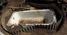 The neighbor took the old bathtub and buried it in his garden … Moroccan Colors, Old Bathtub, The Neighbor, Pagan Art, Shiplap Bathroom, Backyard Seating, Concrete Planters, Garden Tools, Old Things