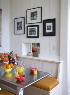 Kitchen table window seat corner banquette Ideas for 2019 Kitchen Nook, New Kitchen, 1930s Kitchen, Kitchen Ideas, Dining Nook, Luxury Interior Design, Kitchen Furniture, A Table, Kitchen Remodel