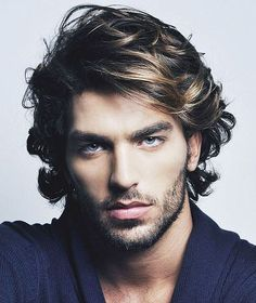 Mid length hair styles for men Cool Hairstyles For Men, Boy Hairstyles, Cool Haircuts, Haircuts For Men, Hairstyle Men, Fringe Hairstyle, Amazing Hairstyles, Layered Hairstyles, Wedding Hairstyles