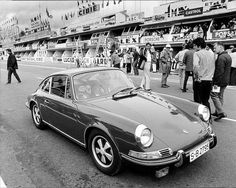 Steve McQueen's Porsche 911 S at the Le Mans film set | Flickr - Photo Sharing!