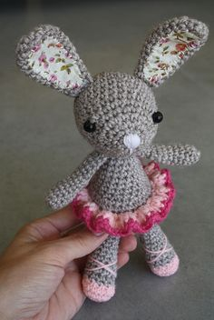 Adorable Amigurumi. Lilleliis pattern available for sale on Etsy http://www.etsy.com/shop/lilleliis