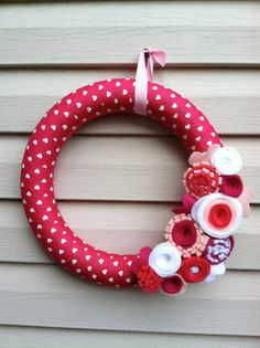 Valentine's Day Wreath  Magenta & White Heart by stringnthings, $42.00