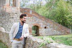 Strahlender Sonnenschein für eine #Traumhochzeit Suit Jacket, Breast, Suits, Jackets, Fashion, Sunshine, Down Jackets, Moda, Fashion Styles