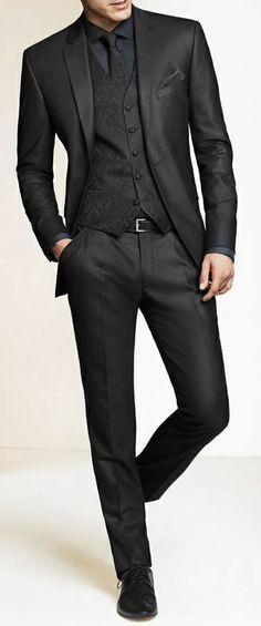 En Gris Oscuro Groom Traje Personalizado Boda trajes para hombres b09f3f664f0