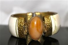 Vintage Ox Bone Ivory Brass Hinged Pin Closure Bracelet with Agate Stone from annies2ndhandchic.com