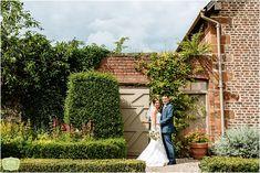 Pimhill Barn Wedding – Sarah and Michael | Wedding Photographer Birmingham | Daffodil Waves Photography Blog