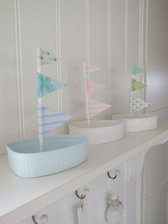 Cute boats made from picnic ham tins and craft paper. Click through to blog ...