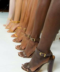 from New brand creates nude shoes in a full range of skin tones. It's about time! Black Girls Rock, Black Girl Magic, Brown Aesthetic, Shooting Photo, Nude Shoes, Women's Shoes, My Black Is Beautiful, Beautiful Life, Nude Color